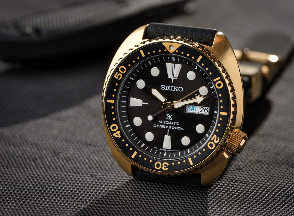The new for 2018 Seiko Prospex SRPC44 adds a goldtone case color for the popular SRP series of diver watches. In this video I'll compare my Seiko SKX007 to the SRPC44 to see if the SRP series of watches is worth the price over the SKX series.