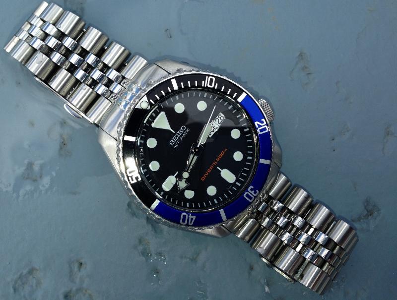 Name:  seiko skx007 dagaz blk blu bezel insert strapcode super jubilee bracelet  062816.jpg Views: 793 Size:  288.7 KB