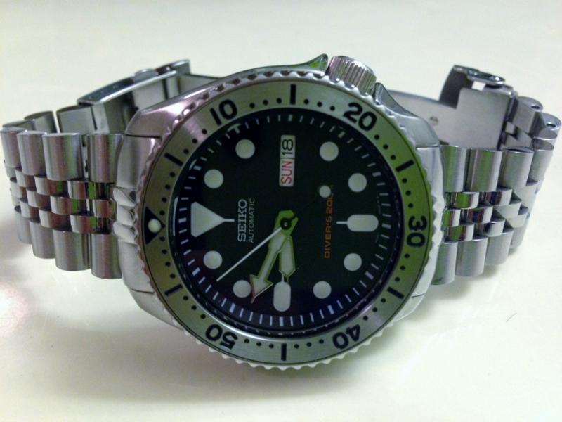 Name:  seiko skx007 yobokies small ss bezel insert strapcode super jubilee bracelet 101815.jpg Views: 771 Size:  228.2 KB