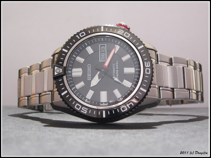 Name:  Seiko-SKZ325-Stargate-4.jpg