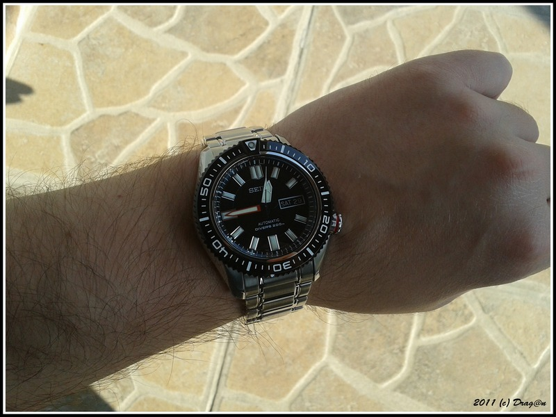 Name:  Seiko-SKZ325-Stargate.jpg