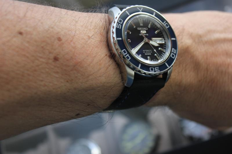 Name:  Seiko SNZH53 on rubber with blue stitching Panatime strap7.jpg Views: 38 Size:  38.1 KB