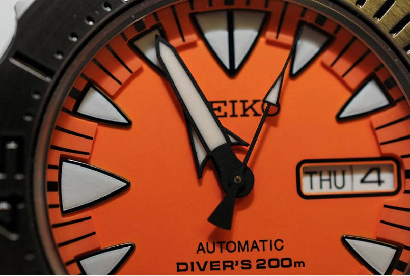 Name: Seiko_2nd_Generation_Orange_Monster_Watch-SRP309K1-03.jpg Views: 2249 Size: 128.3 KB