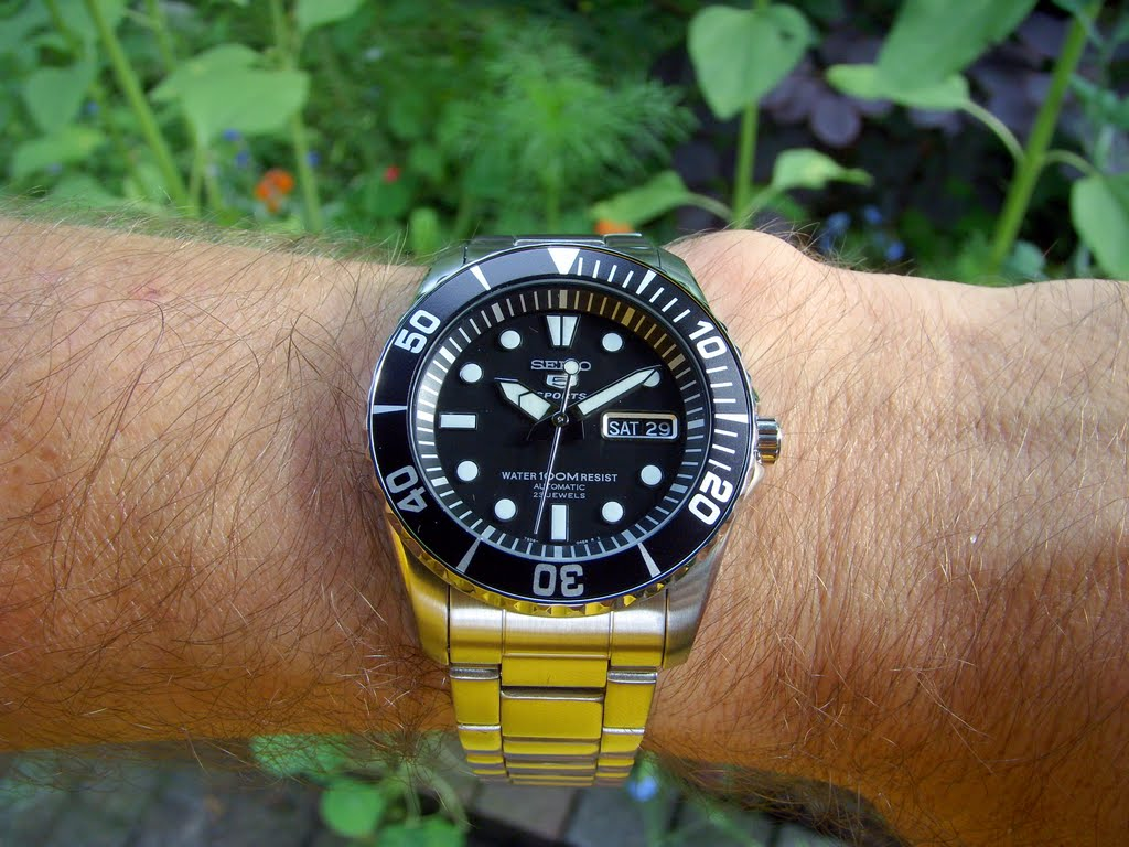 456702d1308443976-help-me-select-my-dads-first-divers-watch-fathers-day-snzf17-1.jpg