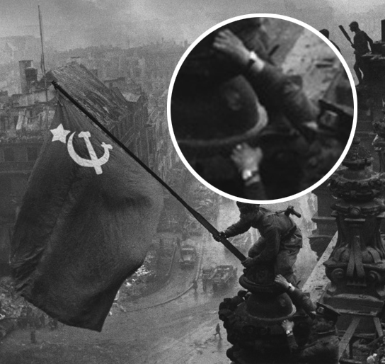 Name:  SovietFlagReichstag2.jpg Views: 5420 Size:  174.1 KB