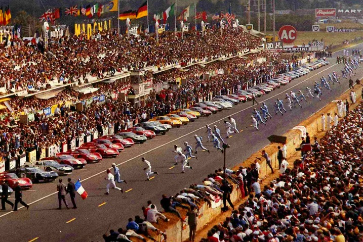Name:  Start of Le Mans 24 hour race 1969.jpg Views: 9 Size:  240.9 KB