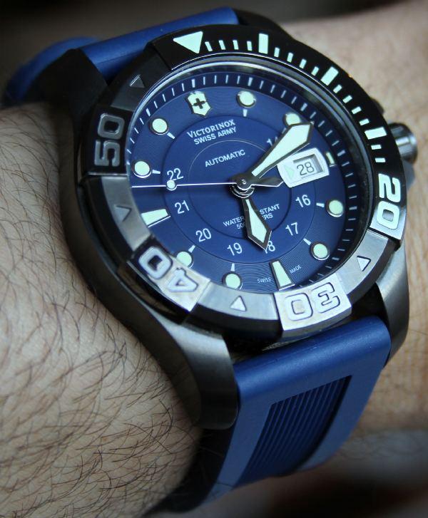 Name:  Swiss-Army-Divemaster-watch-7.jpg Views: 242 Size:  88.9 KB