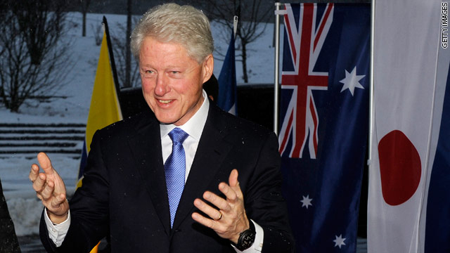 Name:  t1larg.bill-clinton-hand-talks.t1larg.jpg Views: 1064 Size:  55.0 KB
