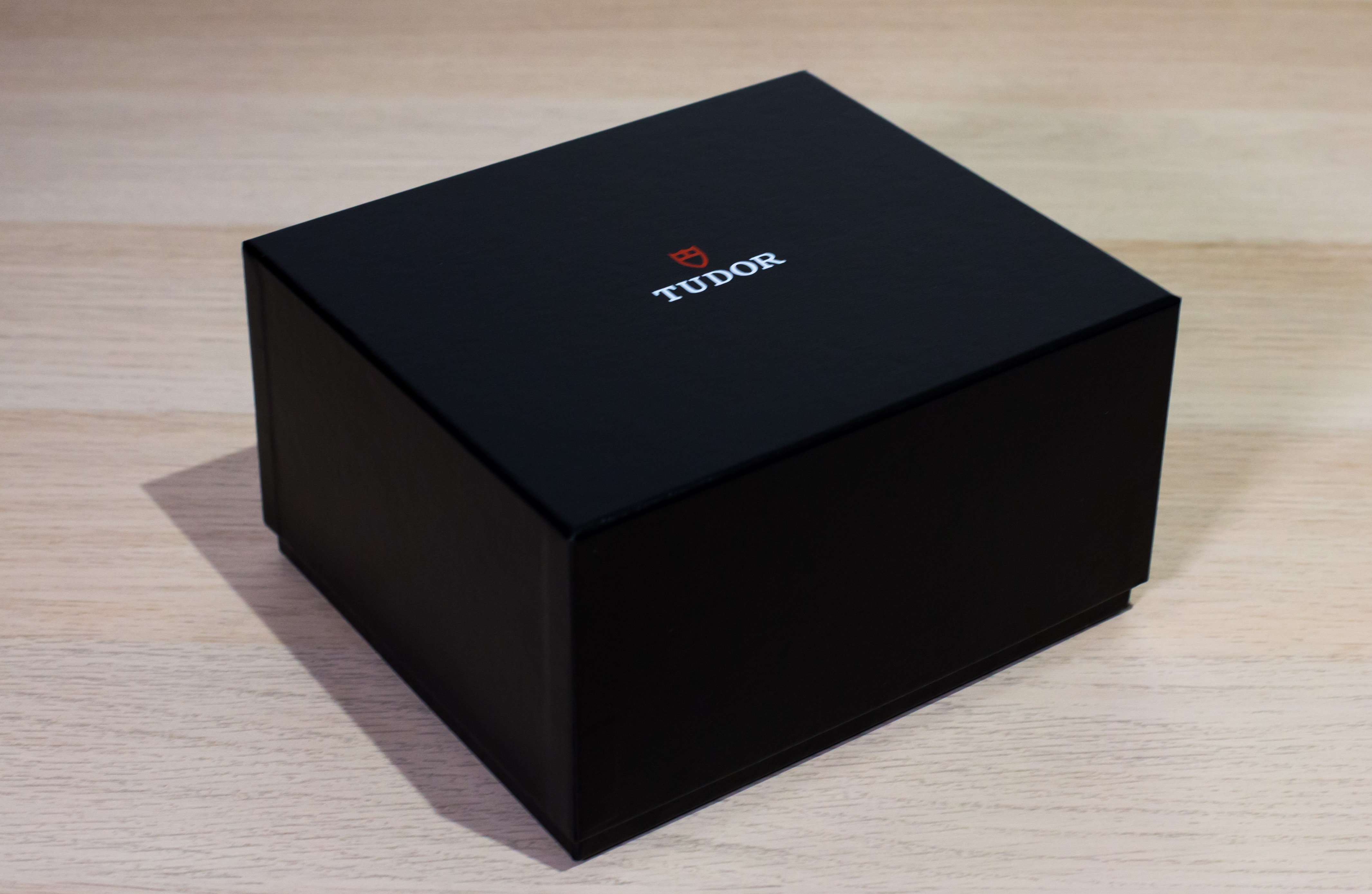 Name:  Tudor BB GMT-2.jpg Views: 387 Size:  1.01 MB