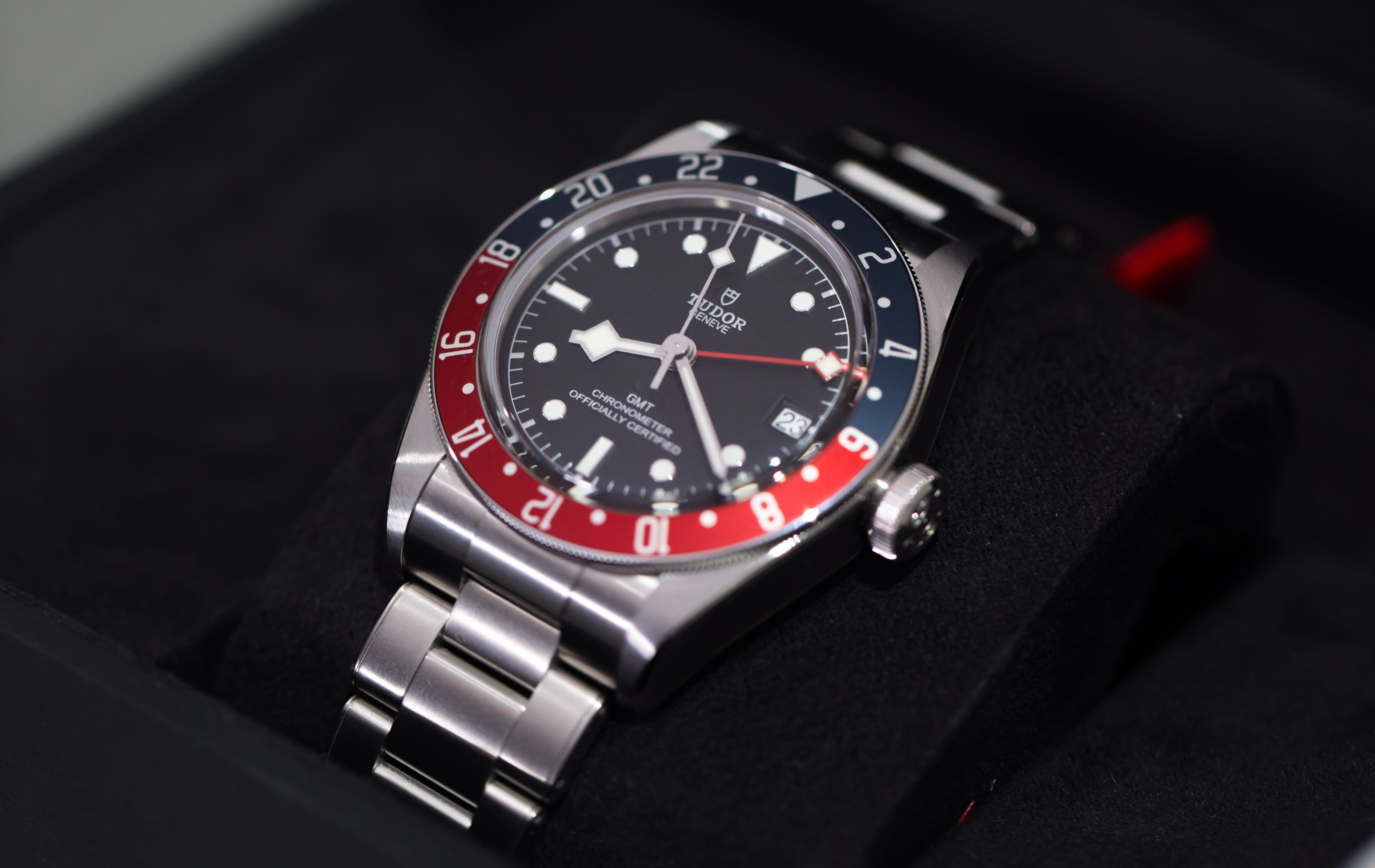 Name:  Tudor BB GMT-7.jpg Views: 419 Size:  913.7 KB