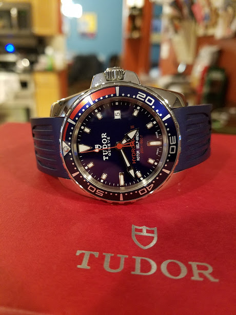 Name:  Tudor HNII watch on box shot.jpg