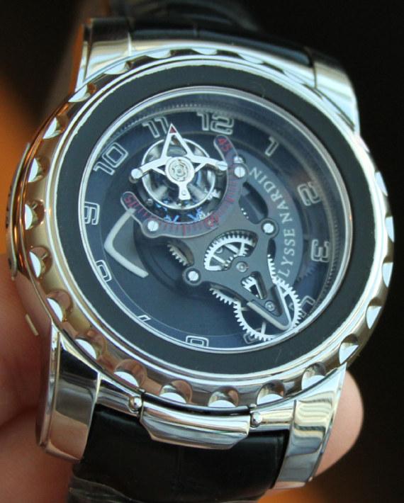 Name:  Ulysse-Nardin-Freak-Diavolo-watch1.jpg Views: 1814 Size:  134.4 KB