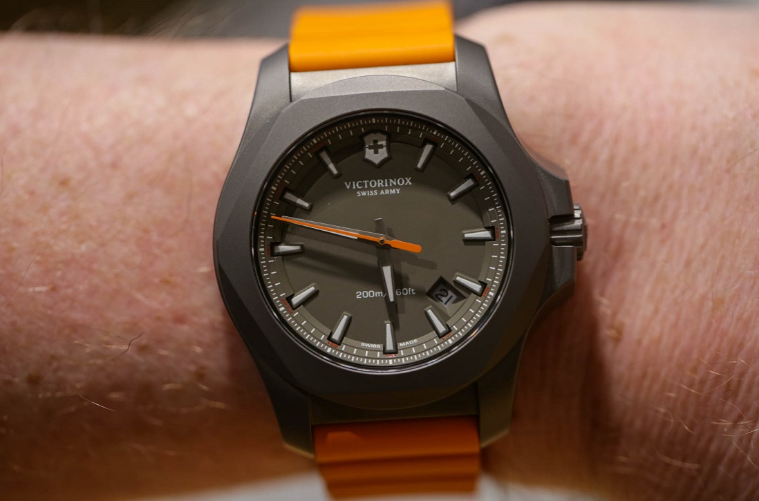 wristshot victorinox swiss inox victor watches army watch keepthetime review blog