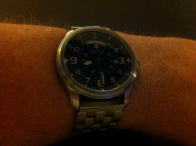 Name:  vic wrist.JPG Views: 417 Size:  102.6 KB