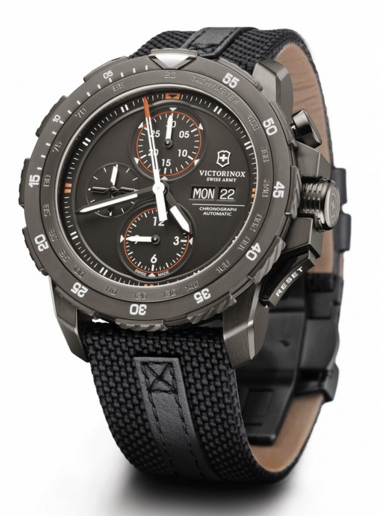 Name:  victorinox-alpnach-mechanical-chronograph-special-edition-watch.jpg