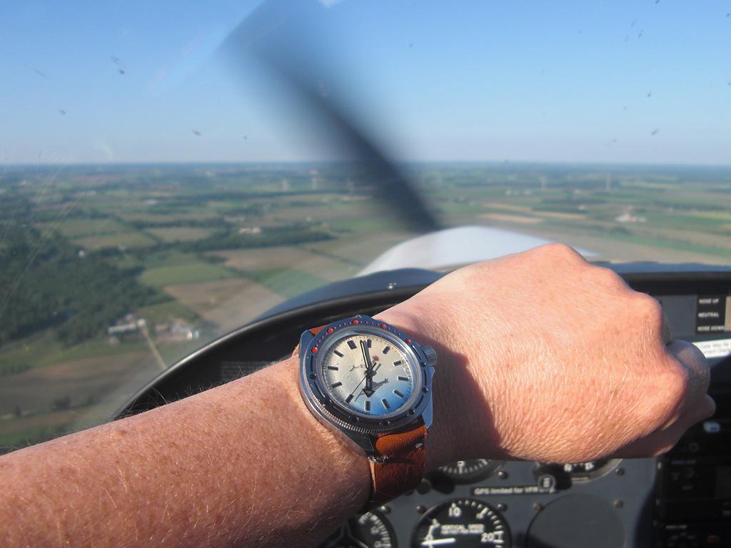 Name:  vlad-flying-3.jpg Views: 366 Size:  240.3 KB