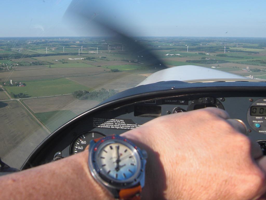 Name:  vlad-flying-4.jpg Views: 359 Size:  236.7 KB