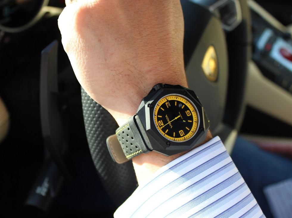 VRT1.3 Steering Wheel Close-up