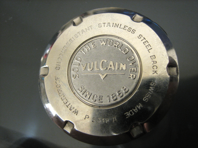 Name:  Vulcain17JCasebackOutside.JPG Views: 152 Size:  263.5 KB