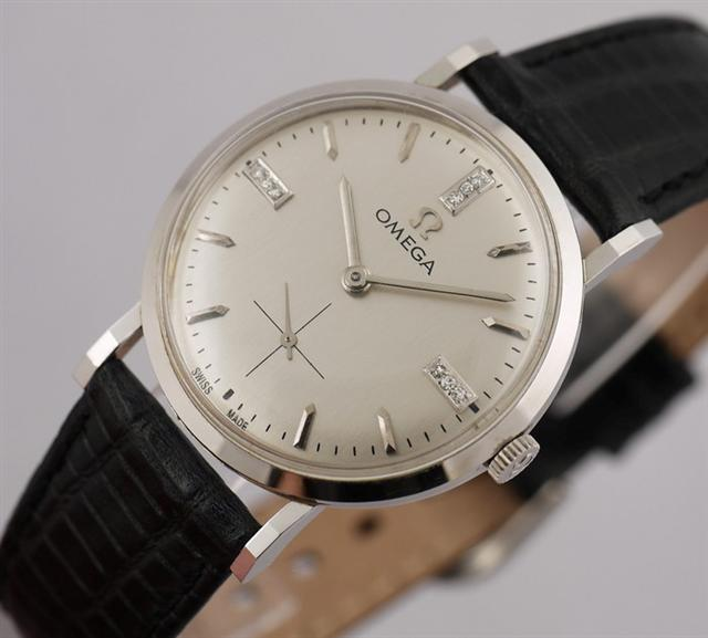 Name:  watch1 (Small).jpg Views: 8596 Size:  43.6 KB