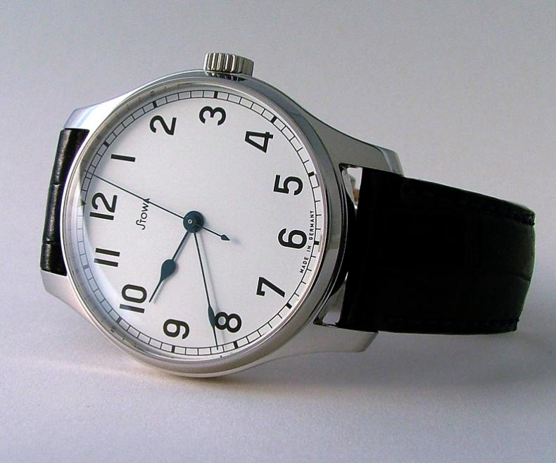 Name:  watches021a.jpg Views: 542 Size:  57.4 KB