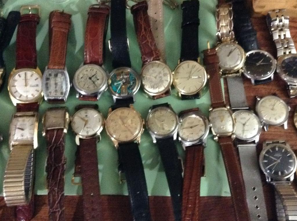 Name:  Watches_middle_zpsfaab2b51.jpg Views: 795 Size:  118.7 KB