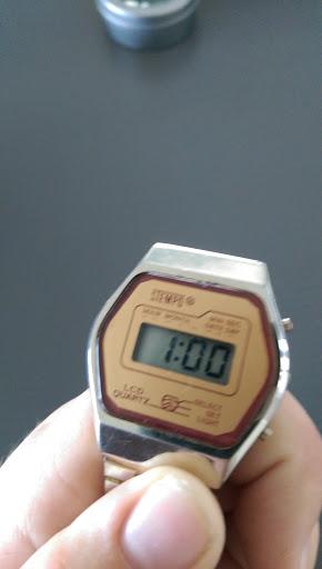 Name:  watchpic3.jpg Views: 117 Size:  25.8 KB