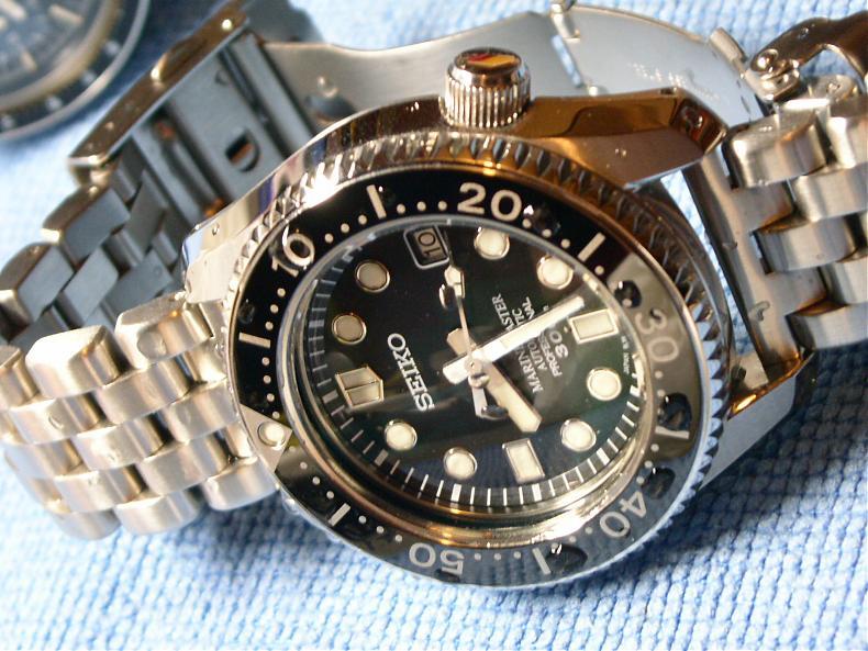 Plongeuse aux alentours de 2000€, quelle offre ? 45665d1176606455-fs-seiko-marine-master-300m-sbdx001-water-drop-mm