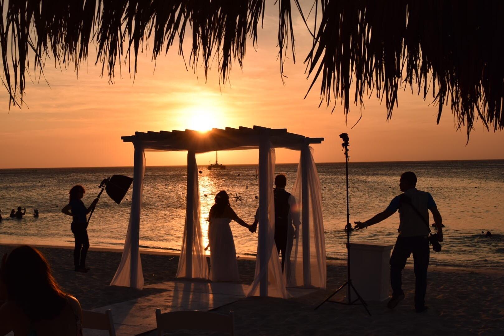 Name:  wedding.jpg Views: 61 Size:  300.2 KB
