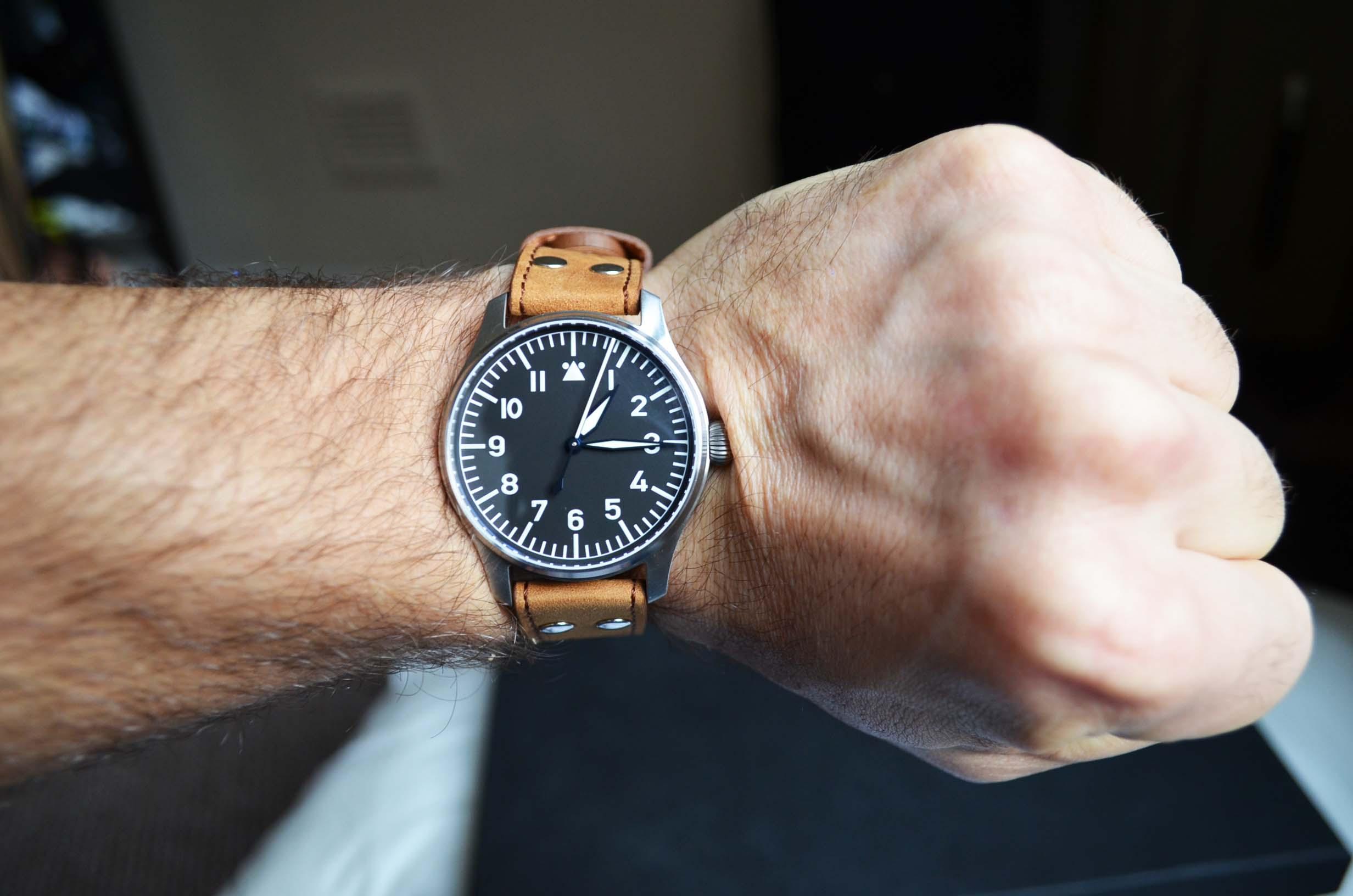 Name:  wrist.jpg Views: 970 Size:  199.3 KB