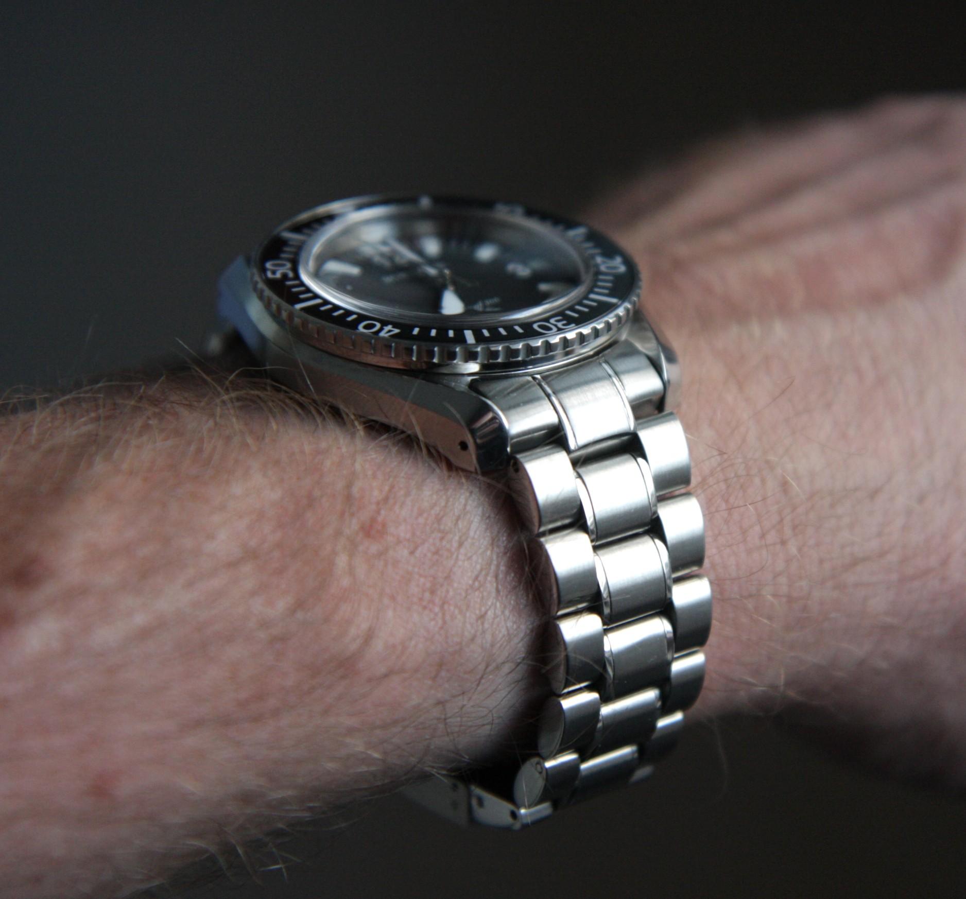 Name:  Wrist shot 1.JPG Views: 402 Size:  469.3 KB