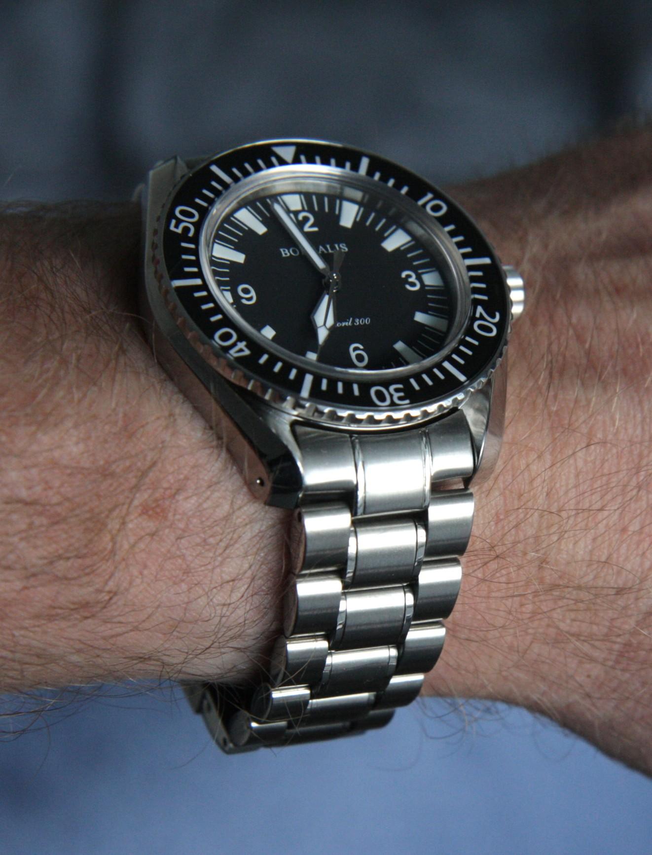 Name:  Wrist shot 5.JPG Views: 417 Size:  418.4 KB