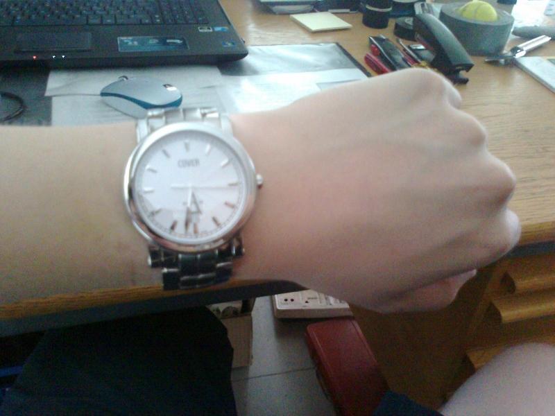 Name:  wristshot.jpg Views: 857 Size:  279.5 KB