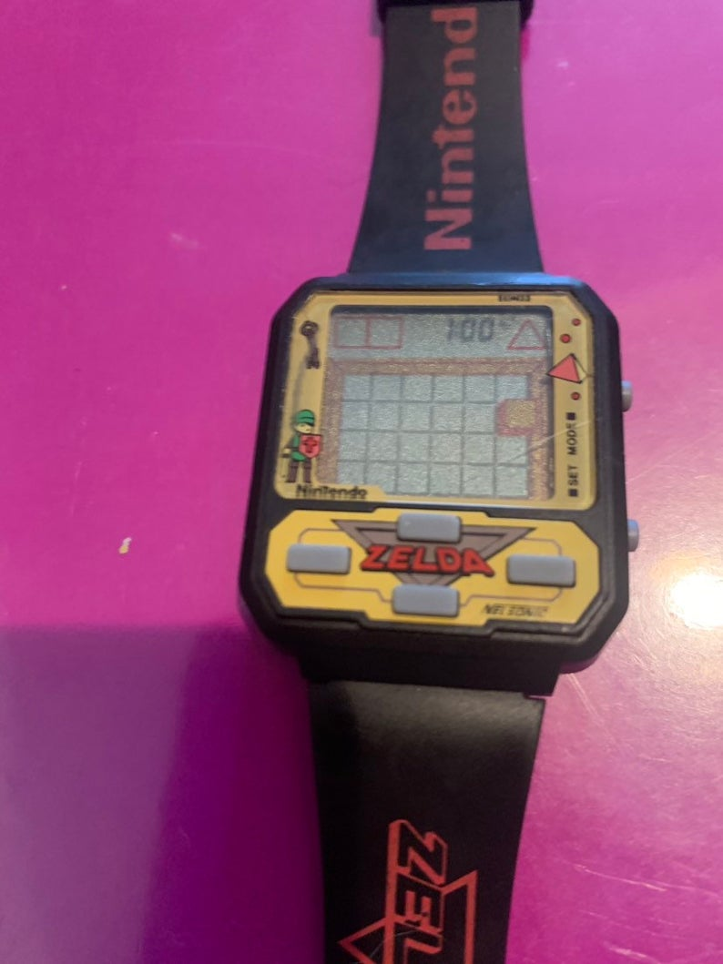 Name:  zelda watch.jpg Views: 35 Size:  73.6 KB